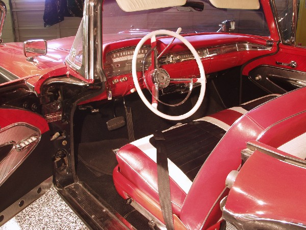 1959 FORD SUNLINER CONVERTIBLE - Interior - 19489