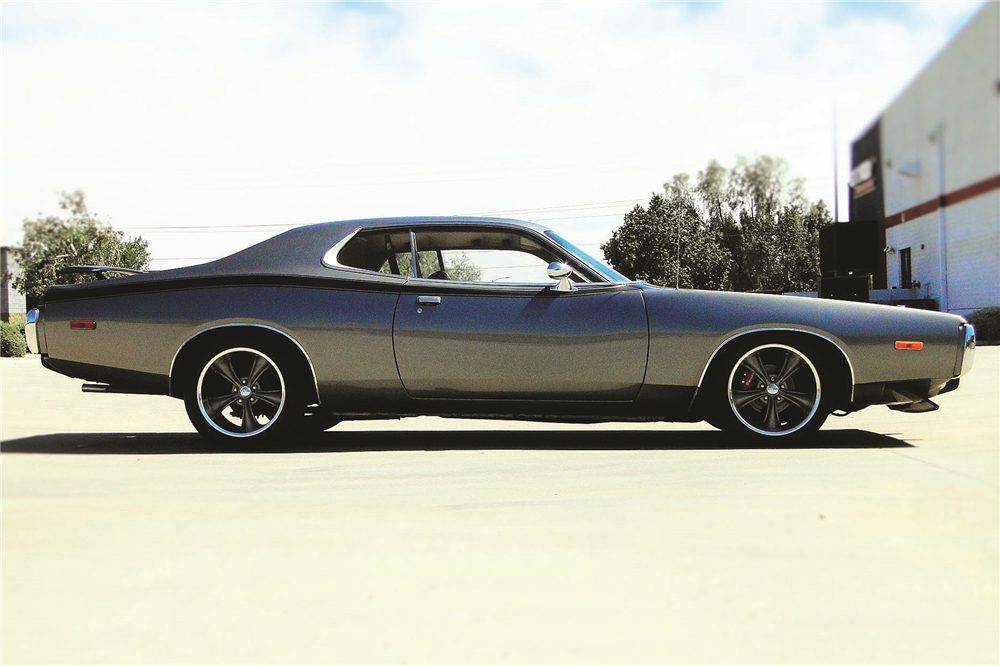 1973 DODGE CHARGER CUSTOM COUPE - Side Profile - 195711