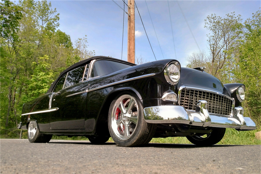 1955 CHEVROLET BEL AIR CUSTOM CONVERTIBLE - Front 3/4 - 195824