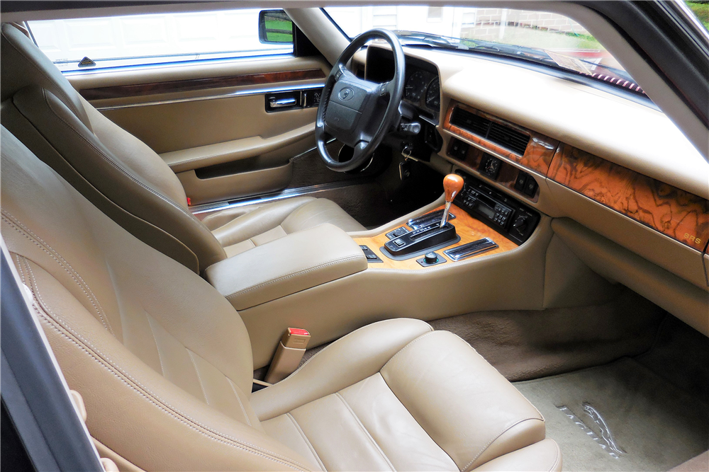 ... 1995 JAGUAR XJS   Interior   195860 ...