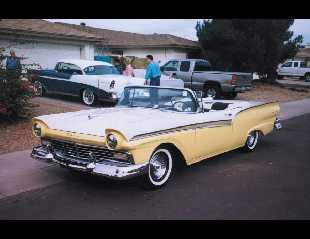 1957 FORD FAIRLANE 500 CONVERTIBLE -  - 19612