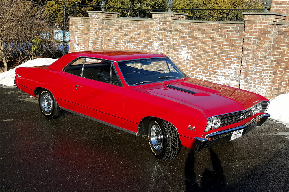 1967 CHEVROLET CHEVELLE SS 396 - Front 3/4 - 196188