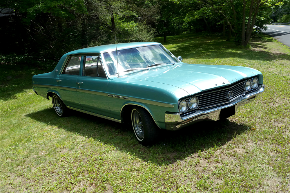 1228489 moreover 1964 BUICK SKYLARK 4 DOOR SEDAN 196251 likewise 2015 Renault Kadjar Revealed With Fresh Looks And Led Headlights Photo Gallery 91835 together with Ford Transit Custom With Wheelchair Lift as well dovec erconversions. on town car interior