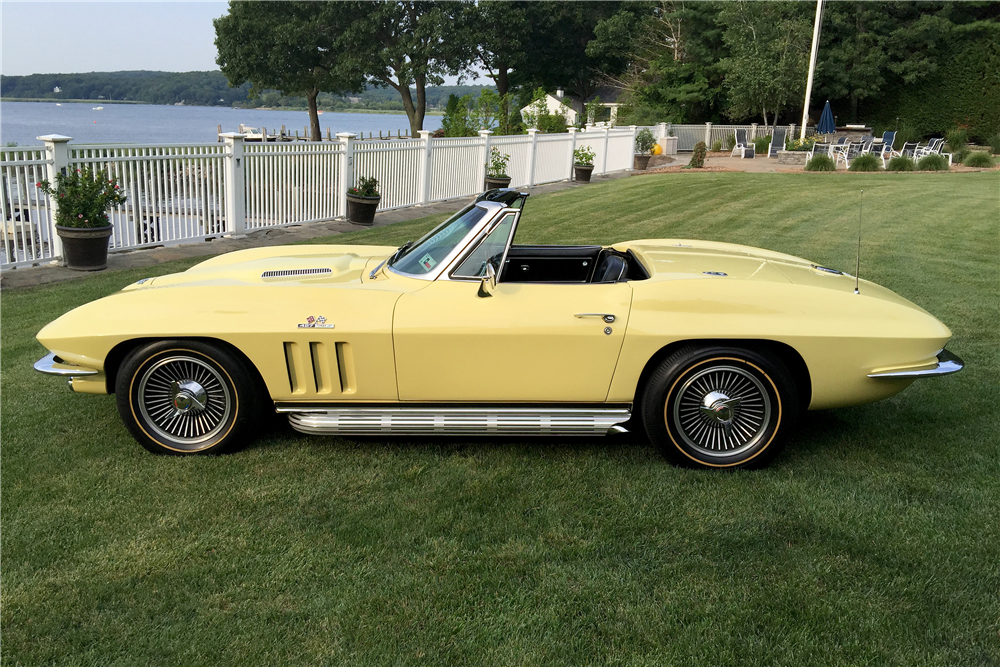 1966 CHEVROLET CORVETTE 427/390 CONVERTIBLE - Side Profile - 196468