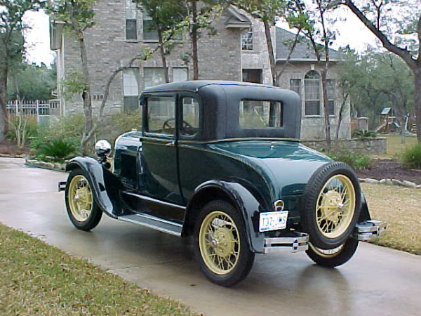 1929 FORD MODEL A SPECIAL COUPE - Rear 3/4 - 19697
