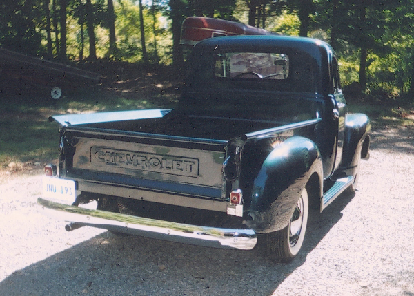 1953 CHEVROLET LBM STEPSIDE SHORT BED PICKUP - Rear 3/4 - 19700
