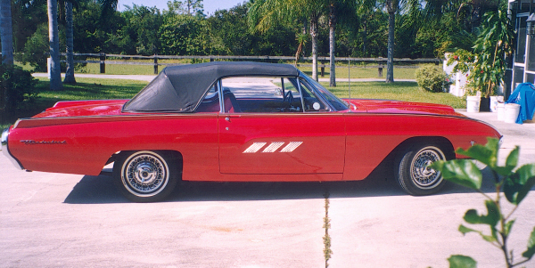 1963 FORD THUNDERBIRD CONVERTIBLE - Side Profile - 19748