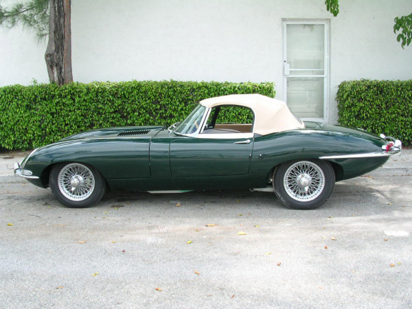 1963 JAGUAR E-TYPE VICARAGE ROADSTER - Side Profile - 19830