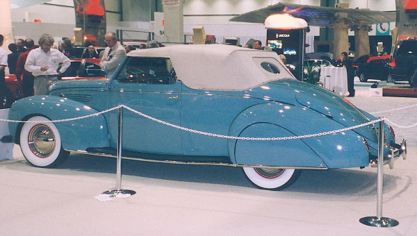 1938 LINCOLN ZEPHYR CONVERTIBLE COUPE - Side Profile - 19878