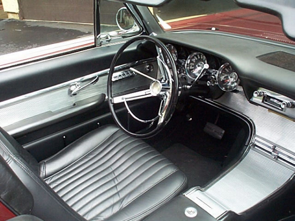 1961 FORD THUNDERBIRD CONVERTIBLE - Interior - 19892
