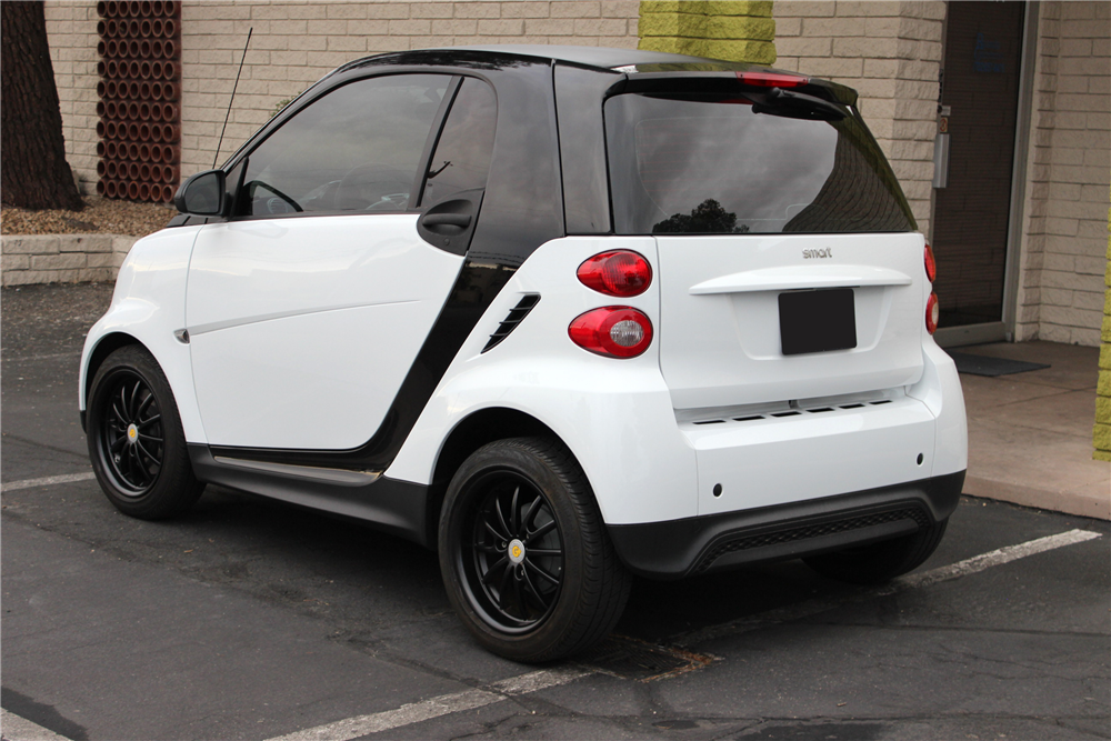 2013 smart fortwo passion coupe 199311. Black Bedroom Furniture Sets. Home Design Ideas