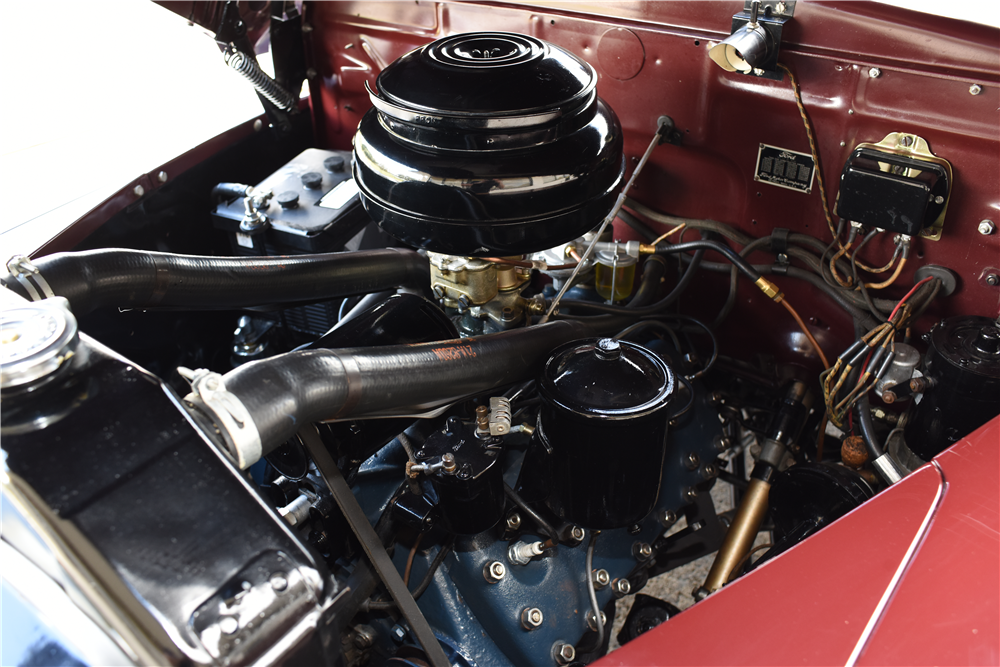 1947 FORD SPORTSMAN CONVERTIBLE - Engine - 199536
