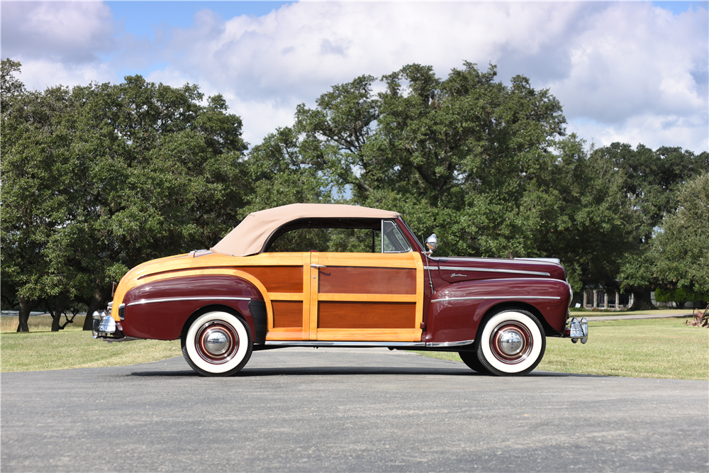 1947 FORD SPORTSMAN CONVERTIBLE - Side Profile - 199536