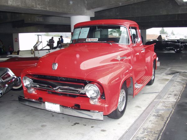 1956 FORD F-100 PICKUP - Front 3/4 - 19956