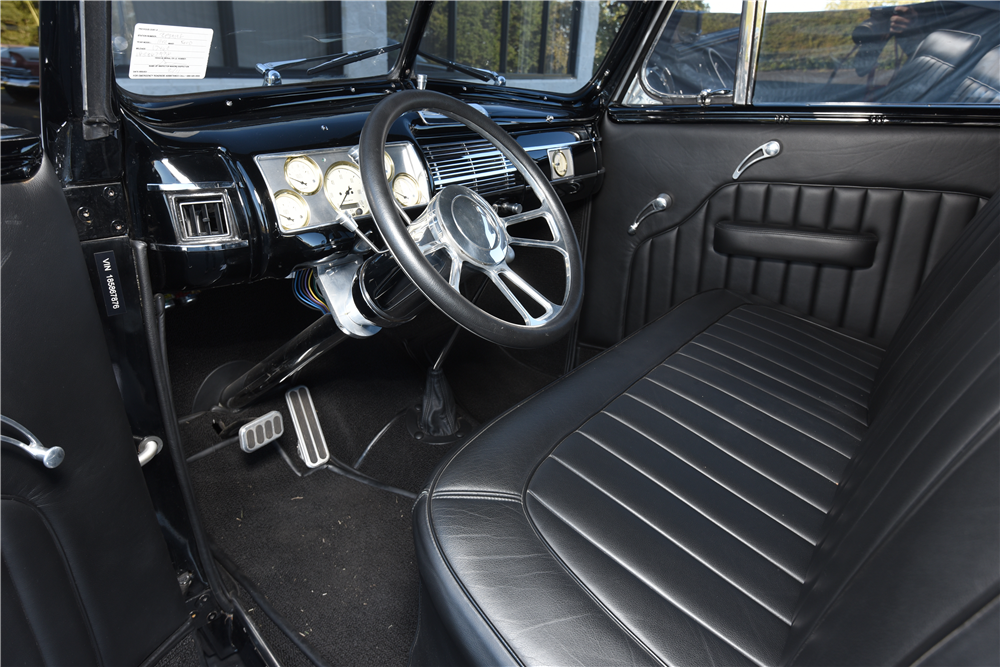 1940 ford deluxe custom convertible 199597. Black Bedroom Furniture Sets. Home Design Ideas