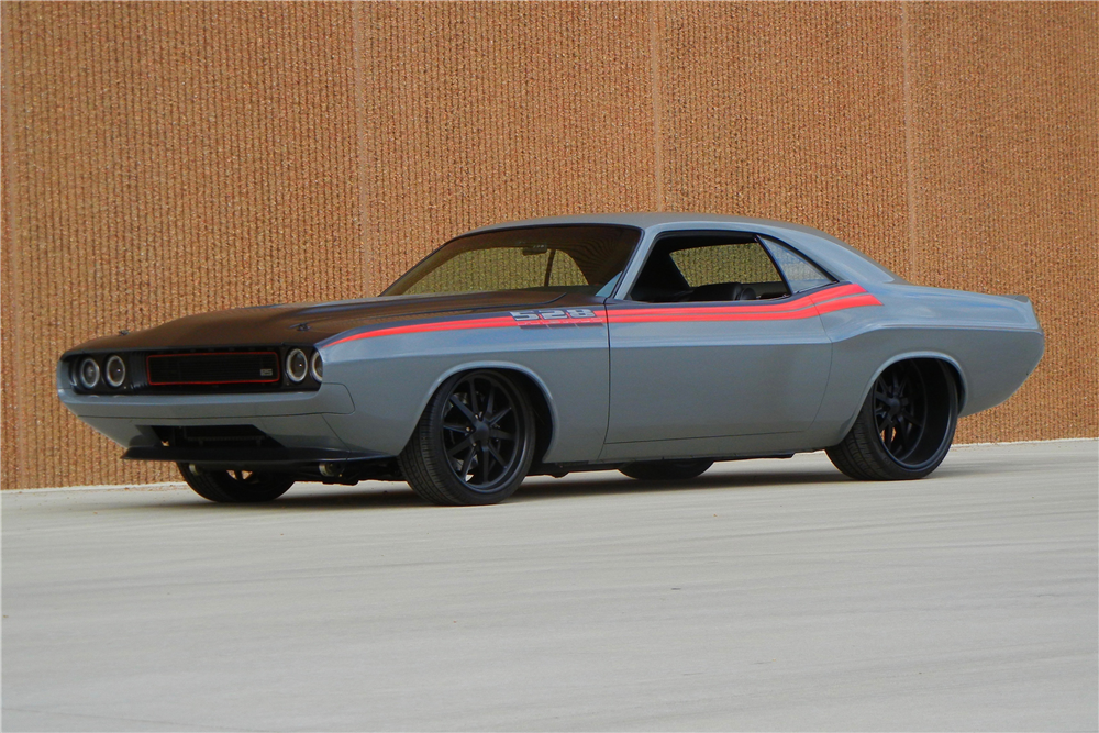 1970 DODGE CHALLENGER CUSTOM COUPE - 199819