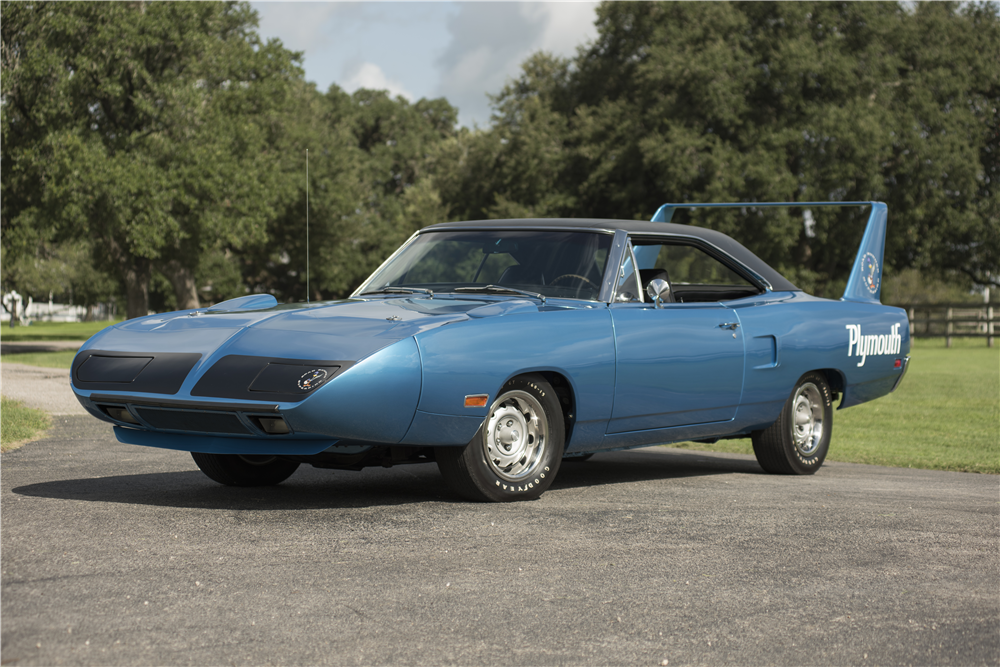 1970 PLYMOUTH SUPERBIRD  - Front 3/4 - 200059