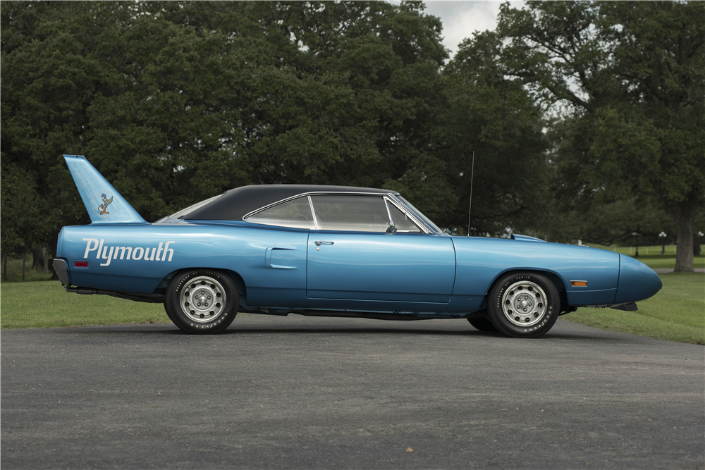 1970 PLYMOUTH SUPERBIRD  - Side Profile - 200059