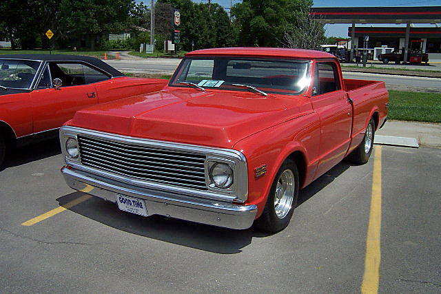 1969 CHEVROLET SHORT BED CUSTOM PICKUP - Front 3/4 - 20023