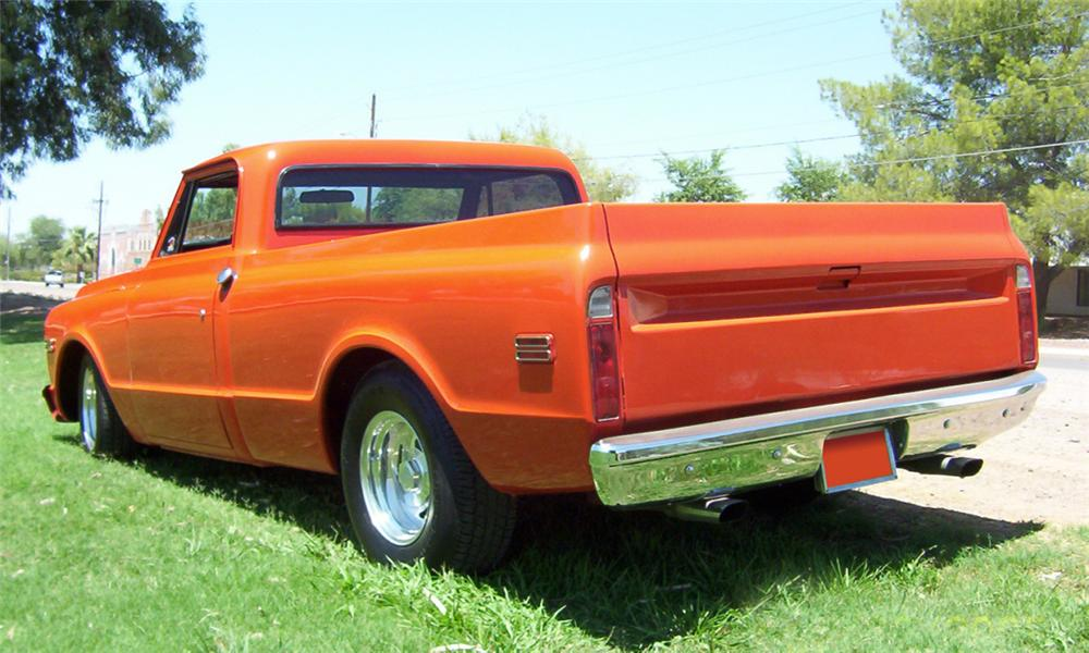 1969 CHEVROLET SHORT BED CUSTOM PICKUP - Rear 3/4 - 20023