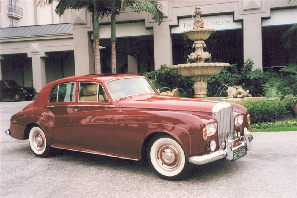 1965 BENTLEY S3 4 DOOR SEDAN - Front 3/4 - 20036