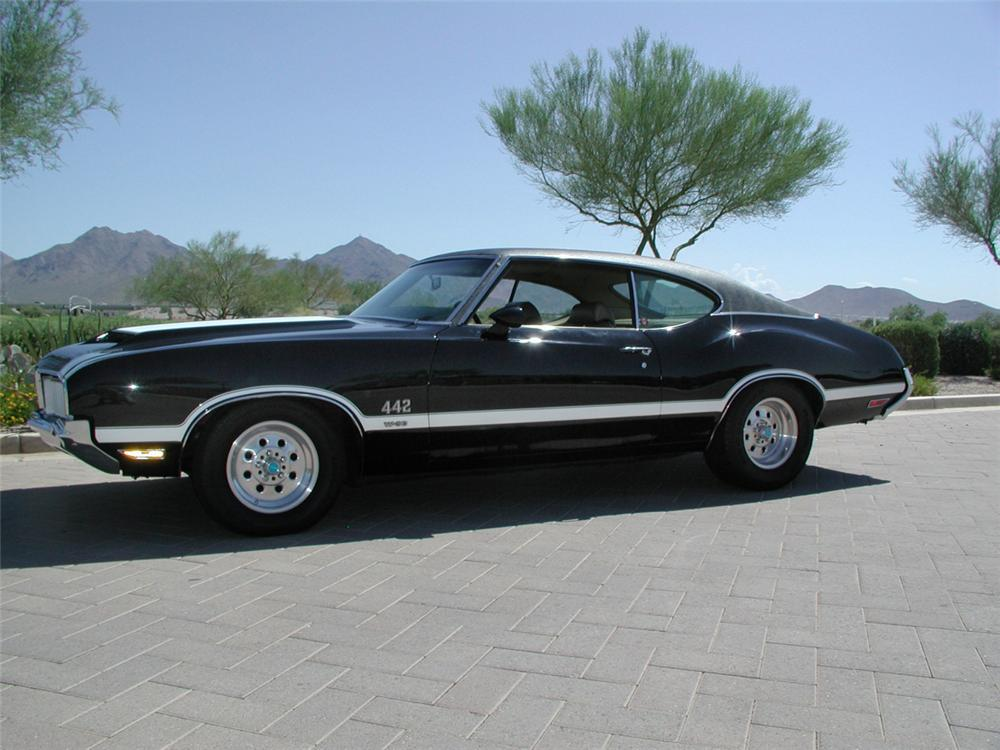 1970 OLDSMOBILE 442 W30 HARDTOP COUPE - Side Profile - 20040