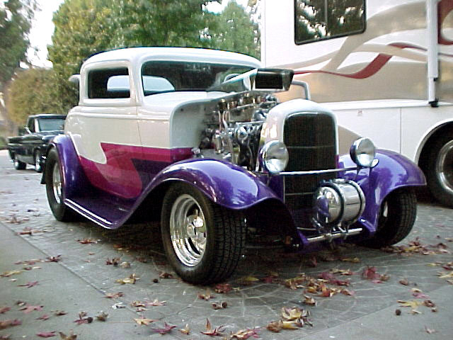 1932 FORD 3 WINDOW COUPE - Front 3/4 - 20045