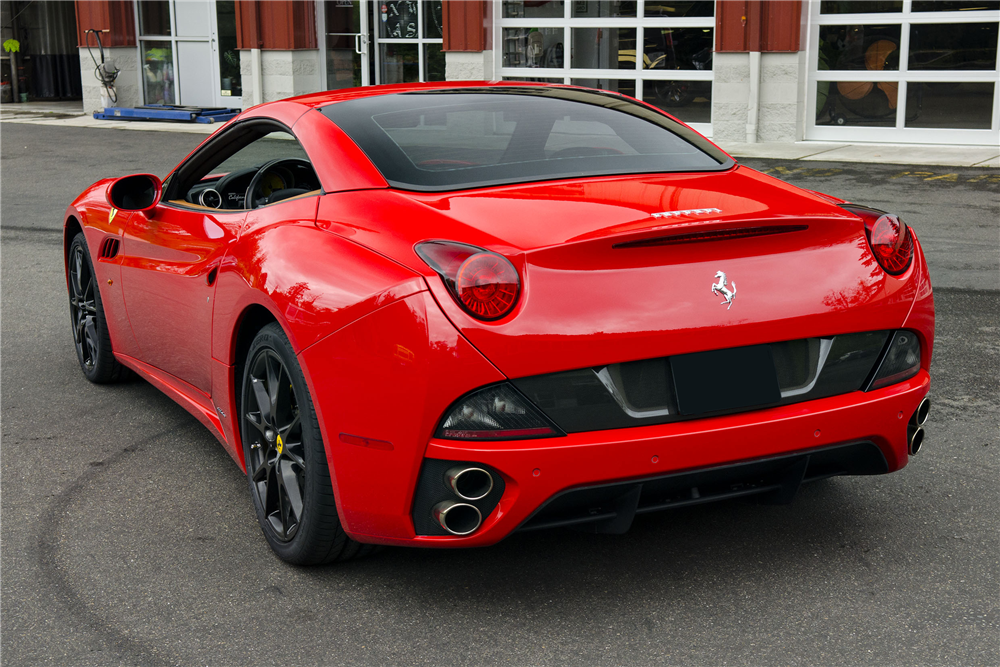 2011 FERRARI CALIFORNIA CONVERTIBLE - 200473
