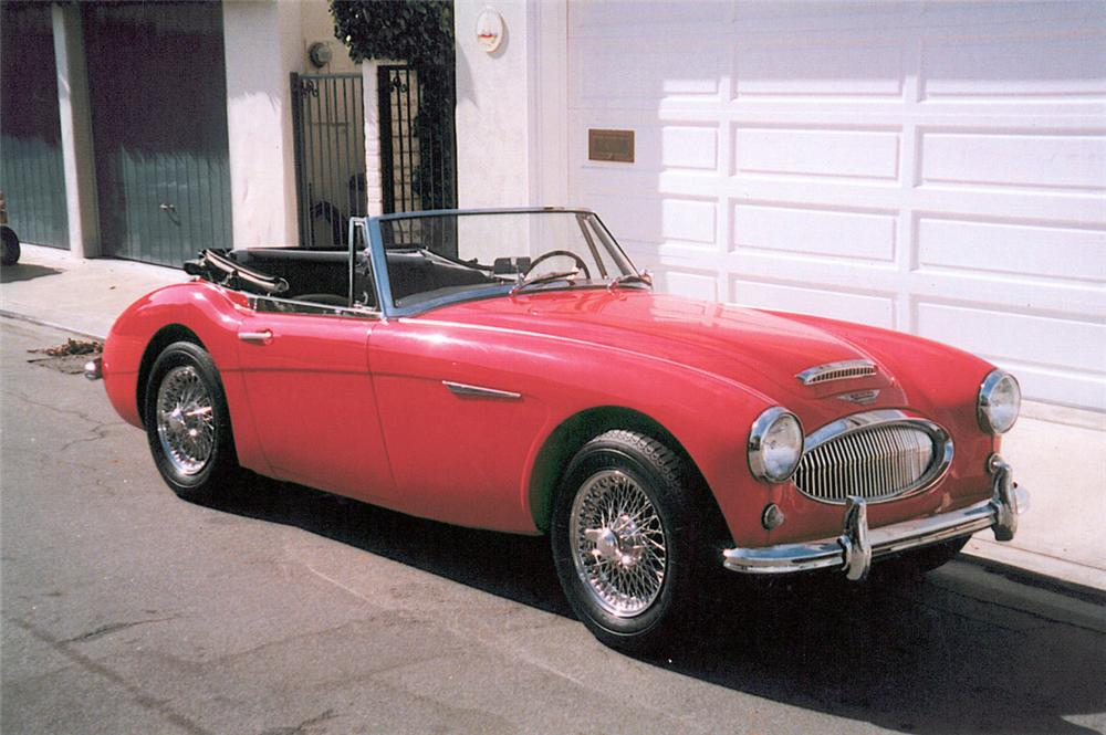 1964 AUSTIN-HEALEY 3000 MARK III BJ8 2+2 SPORTS CONVERTIBLE - Front 3/4 - 20070
