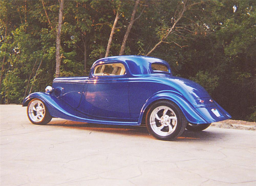 1934 FORD 3 WINDOW CUSTOM COUPE - Rear 3/4 - 20095