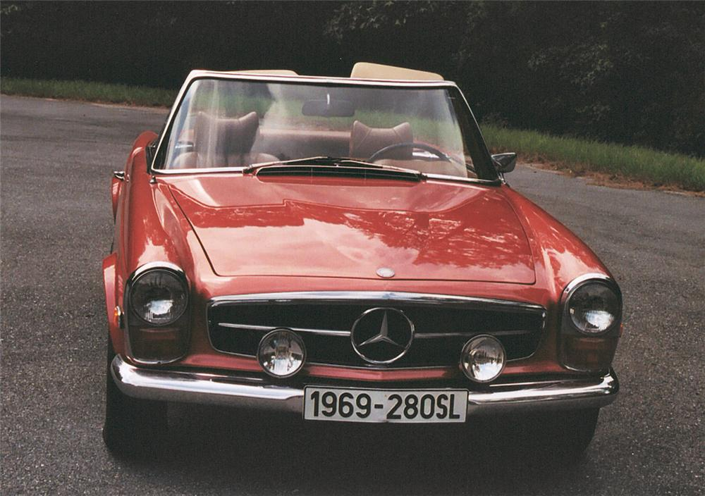 1969 MERCEDES-BENZ 280SL CONVERTIBLE - Side Profile - 20100