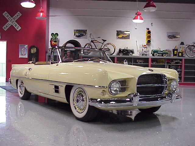 1957 DUAL GHIA CONVERTIBLE - Front 3/4 - 20111