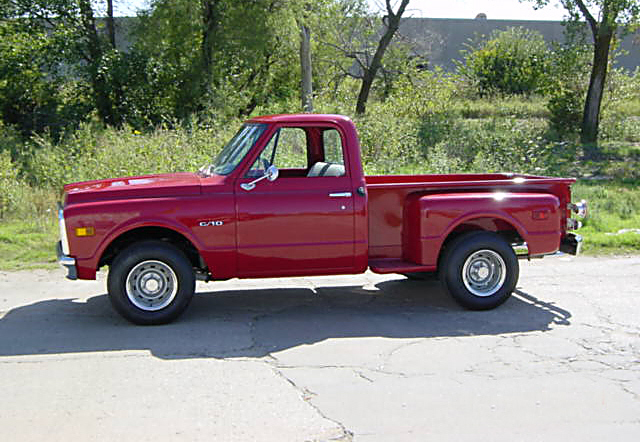 1970 CHEVROLET C-10 CUSTOM PICKUP - Front 3/4 - 20117