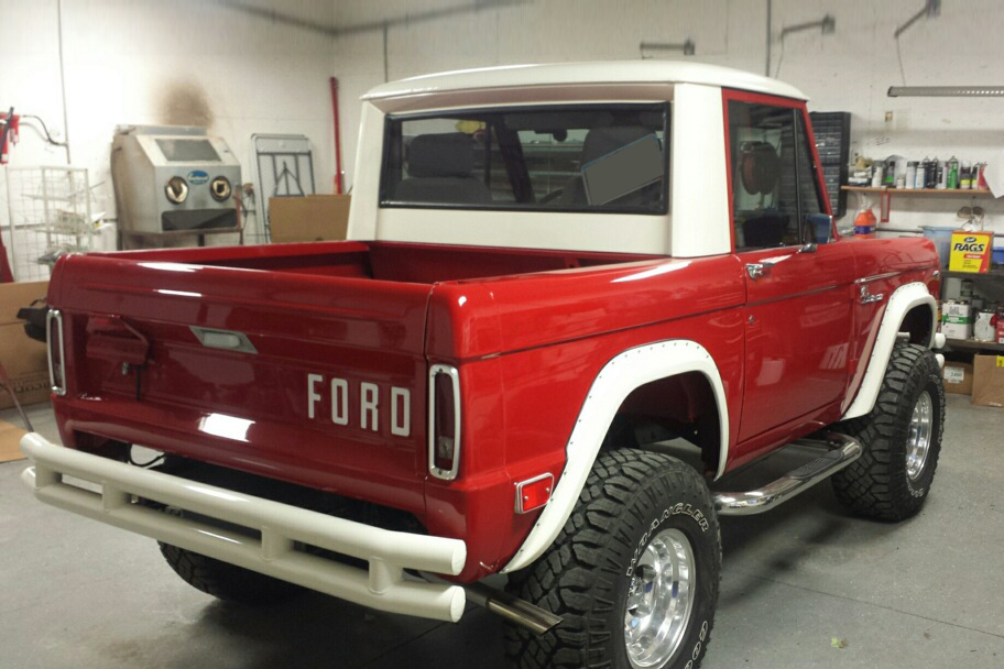 1968 FORD BRONCO CUSTOM PICKUP - 201215
