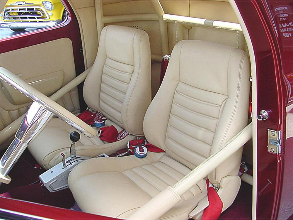 1941 WILLYS AMERICAR COUPE - Interior - 20130