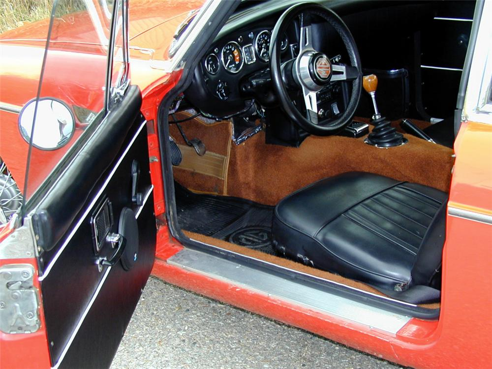 1968 MGB 2 DOOR - Interior - 20152