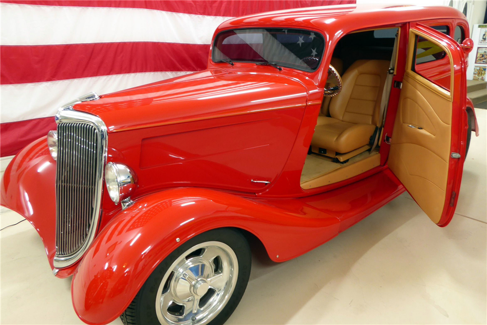 "1934 FORD CUSTOM SEDAN ""EDDIE VAN HALEN'S"" - Side Profile - 201524"