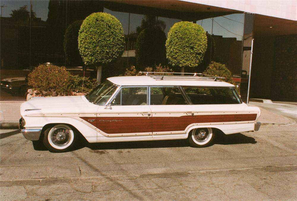 1963 FORD COUNTRY SQUIRE STATION WAGON - Side Profile - 20171