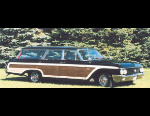 1962 FORD COUNTRY SQUIRE STATION WAGON -  - 20174