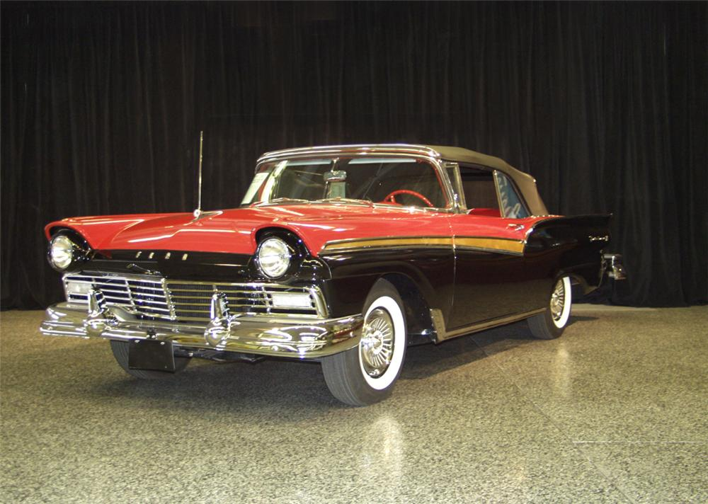 1957 FORD FAIRLANE 500 CONVERTIBLE - Front 3/4 - 20249