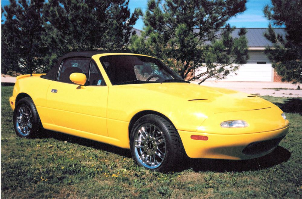 1991 MAZDA MIATA FORD POWERED CUSTOM ROADSTER - Front 3/4 - 20250
