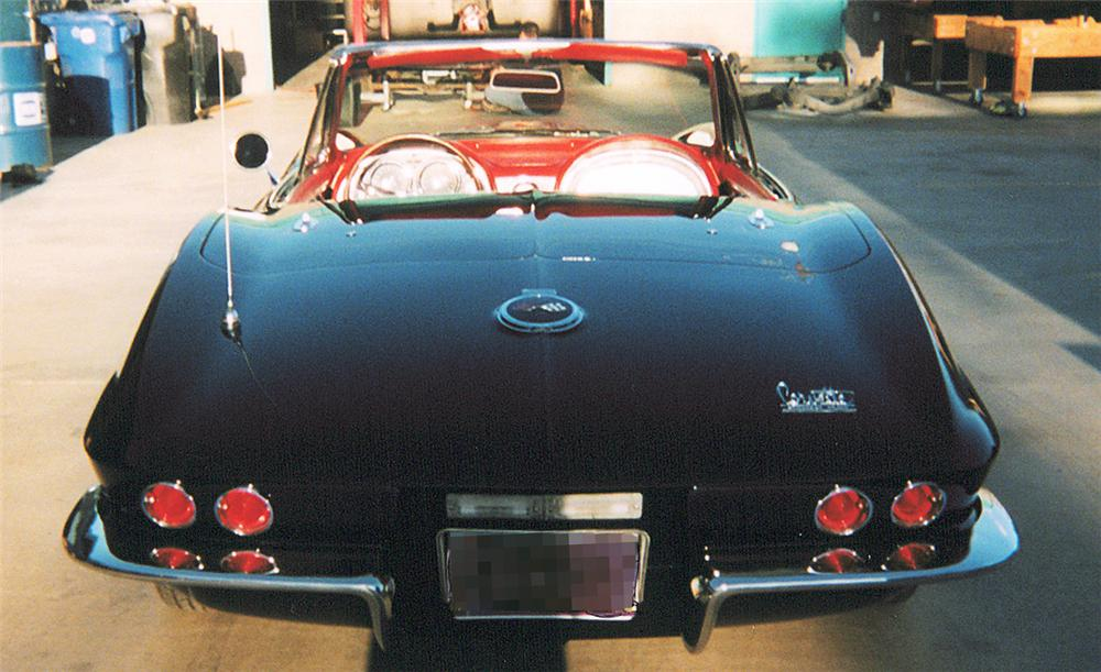 1967 CHEVROLET CORVETTE 427/435 CONVERTIBLE - Rear 3/4 - 20285