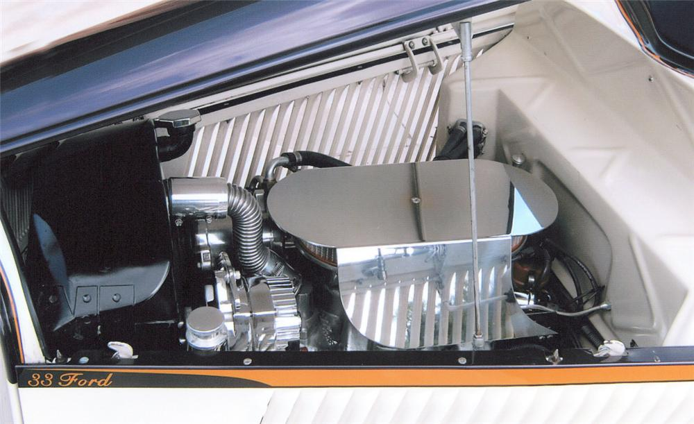 1933 FORD 3 WINDOW COUPE STREET ROD - Engine - 20287