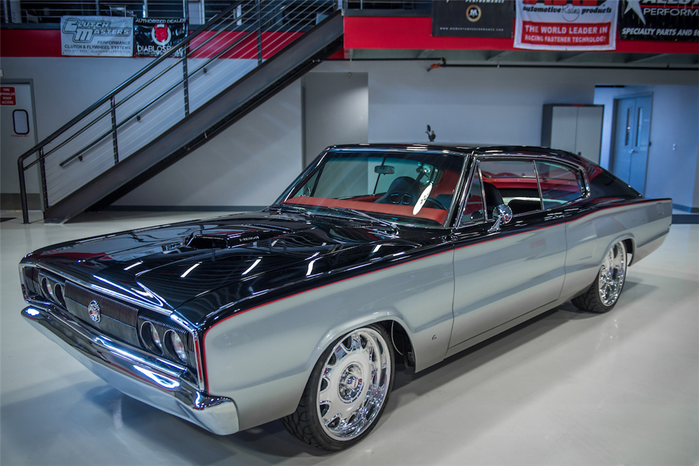 1967 DODGE CHARGER CUSTOM COUPE - Front 3/4 - 202915