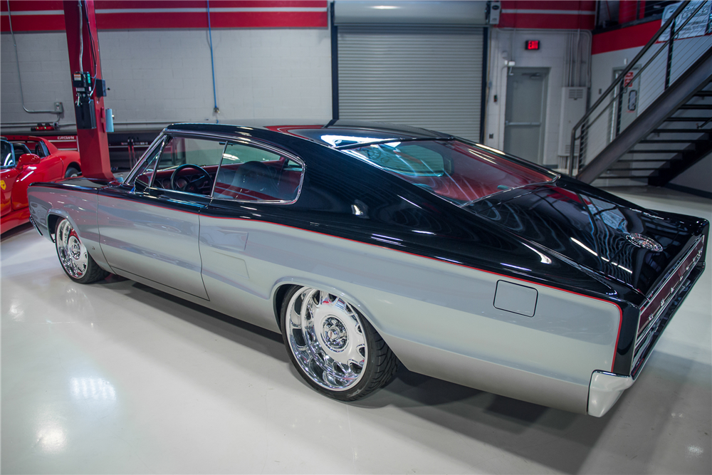 1967 DODGE CHARGER CUSTOM COUPE - Rear 3/4 - 202915