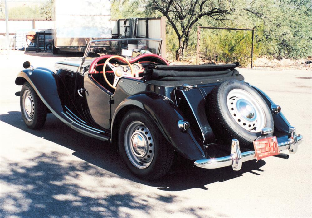 1954 MG TF ROADSTER - Rear 3/4 - 20296