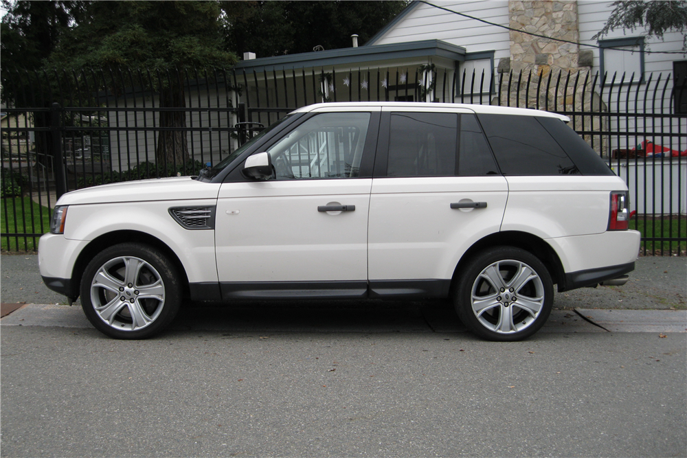 2010 land rover range rover sport suv 202988. Black Bedroom Furniture Sets. Home Design Ideas