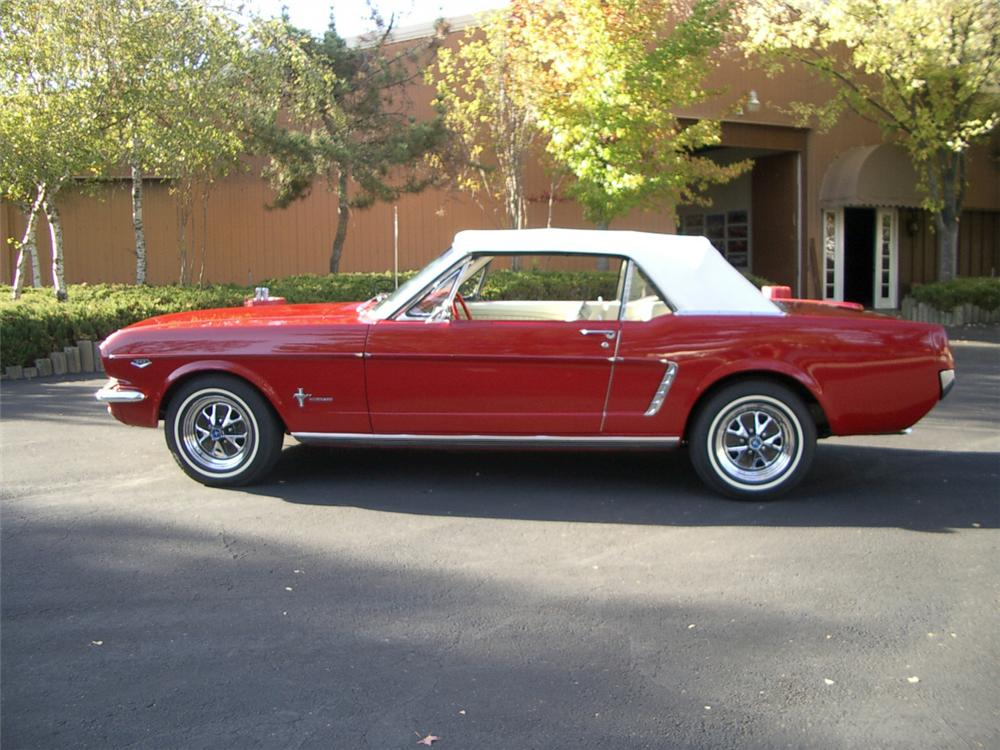 1965 FORD MUSTANG CONVERTIBLE - Side Profile - 20308
