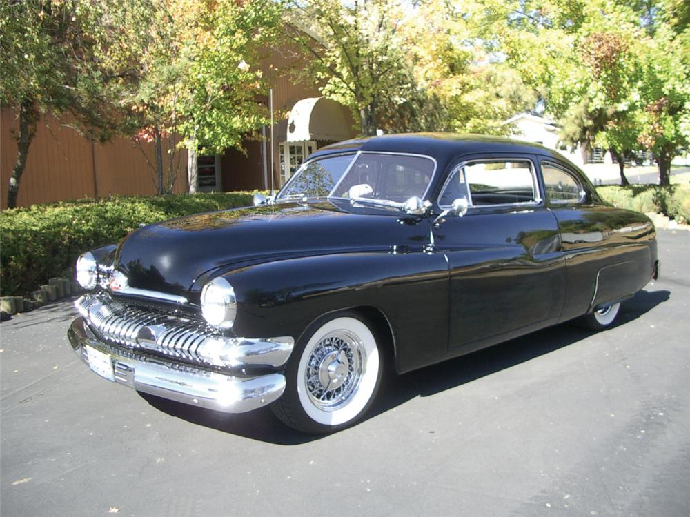 1951 MERCURY CUSTOM 2 DOOR HARDTOP COUPE - Front 3/4 - 20309