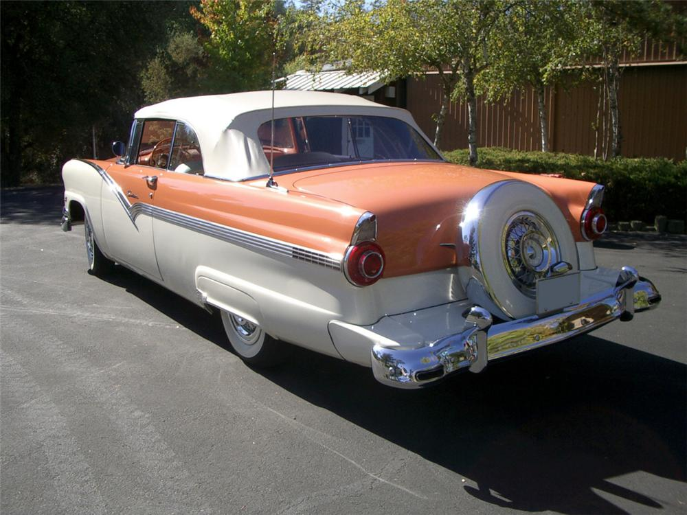 1956 FORD SUNLINER CONVERTIBLE - Rear 3/4 - 20314